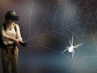 V černočerné tmě je skvělé mít svítilnu. Nebo je to naopak nebezpečné? Arachnoid VR