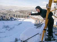 V Harrachově se skáče i v zimě. Má to svoje kouzlo :)