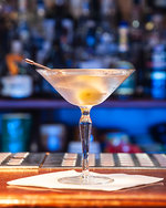 Degustace koktejlů stříbrného plátna