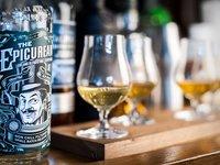 I etiketa na whisky lahvi může být zážitek:)