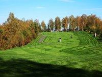 Užijte si den s golfem