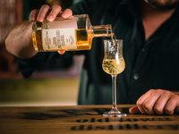 K domácí degustaci si můžete dokoupit originální whiskovku Trebitsch.