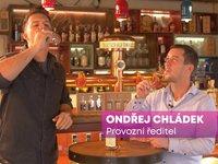 Spolu s Karlem Kašákem vás provede první částí ochutnávky provozní ředitel whisky Trebitsch Ondřej Chládek.