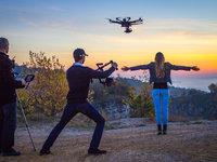 Dronem se dá lítat, natáčet či fotografovat