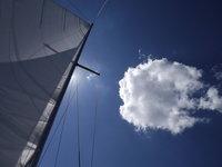 Slunečné počasí na jachtě je k nezaplacení