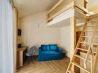 Aries je třílůžkový pokoj s manželskou postelí a jednolůžkovou postelí