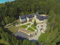V hlubokých lesích najdete oázu Zámek Lužec Spa & Wellness Resort