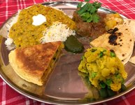 pestrá kombinace barev a chutí, to je Indie