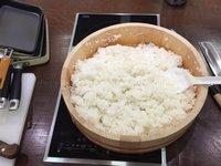 Připravená rýže na sushi rolky