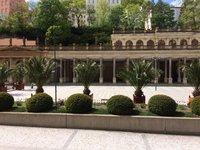 Pohled na kolonádu z hotelu Astoria & Medical Spa