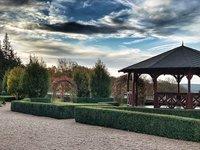 Zahrady zámku Zbiroh
