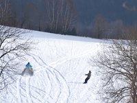 Zima, sníh a motoskijöring, co víc si přát.