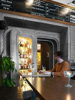 Degustace ginů probíhá ve stylových prostorách.