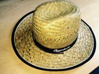 BONUS: klobouk s logem legendárního rumu :) /ilustrační foto/