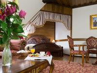 Komfortní pokoje v historickém stylu na Zámku Lužec Spa & Wellness Resort