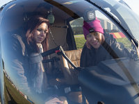 Obhlídka vrtulníku, zda něco nechybí:)