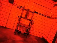 Nebyla by to správná věznice, kdyby v jedné z místností nebylo elektrické křeslo! - Prison Island