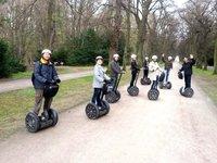 Divoká jízda na Segway pražskými parky může začít.