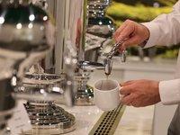 Služba hotelové čajovny
