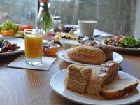 Výtečná snídaně v šumavském hotelu Kristian