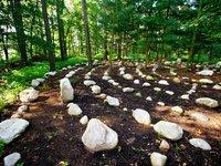 Kamenný labyrint na zámku Loučeň