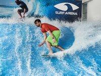 Zkušený postoj na surfu.