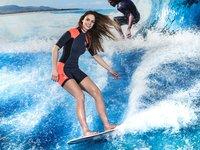 V surf areně stíháte i pózovat fotografovi:)