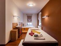 Masáž v salonu Tawan v Karlových varech, která je součástí balíčku