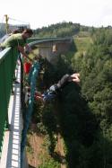 Bungee jumping z jeřábu, , 1 osoba, 30 minut